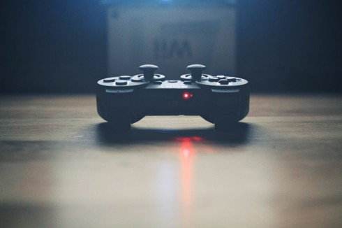 playing-sony-console-controller-990x660