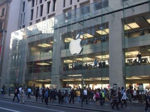 Apple_Store_Sydney-990x743